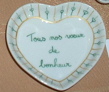 Petit coeur en porcelaine avec message personnalisé