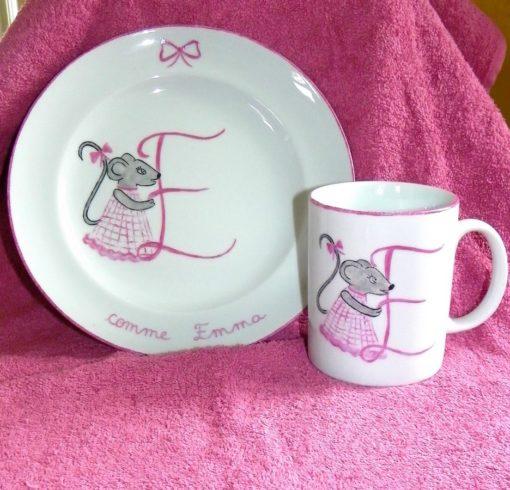 Assiette et mug (ou timbale) coordonnée décor ourson-souris-ou autre !