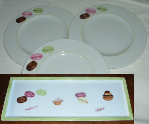 Plat à cake et 6 assiettes à dessert «petits gâteaux»