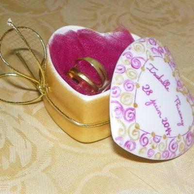 Boîte en coeur personnalisée