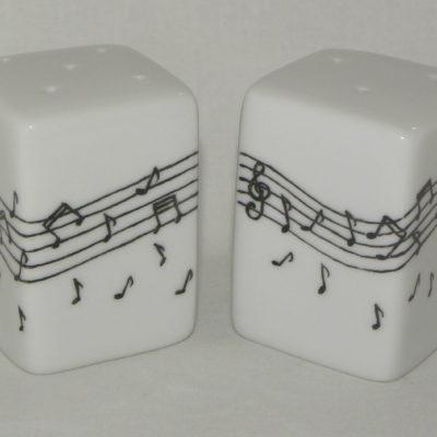 Salière poivrière notes de musique