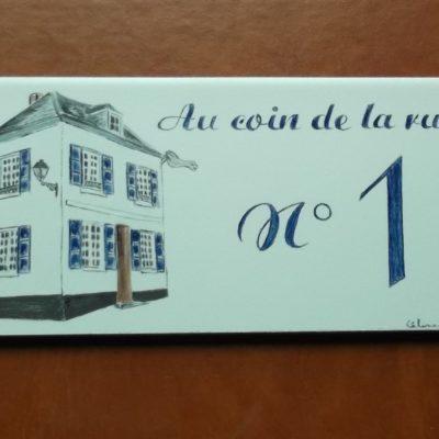 Plaque de maison avec decor de maison à personnaliser
