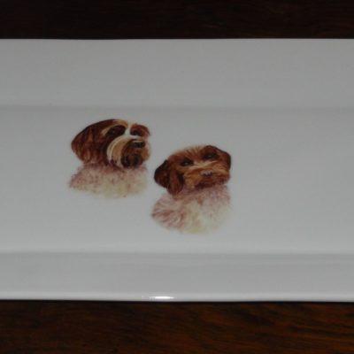 Plat à cake décor chiens personnalisable – porcelaine