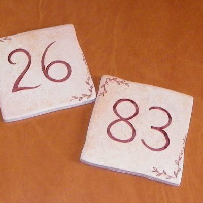 Numéro de maison motif feuilles personnalisé